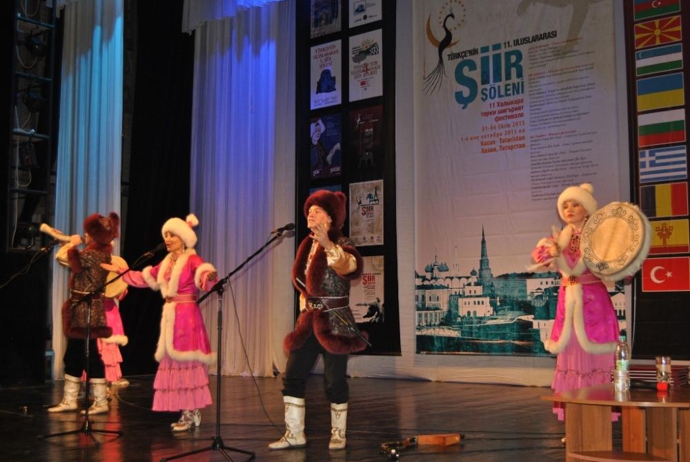 Türkçe'nin 11. Uluslararası Şiir Şöleni (Kazan/Tataristan) galerisi resim 14