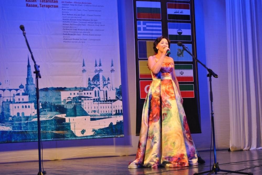 Türkçe'nin 11. Uluslararası Şiir Şöleni (Kazan/Tataristan) galerisi resim 17