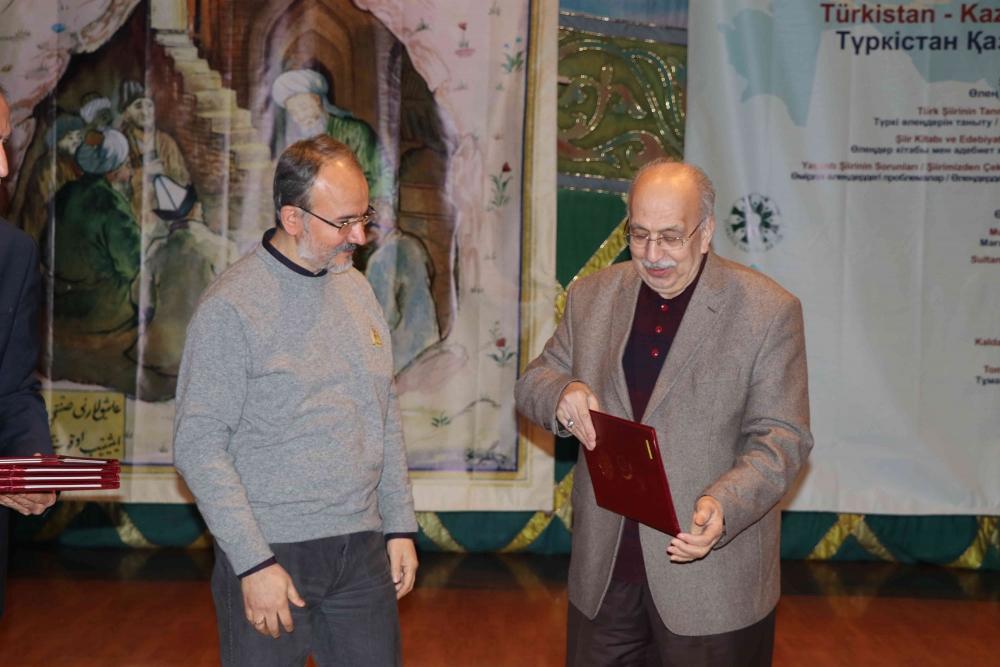 Türkçenin 12. Uluslararası Şiir Şöleni Kazakistan'da Yapıldı galerisi resim 128