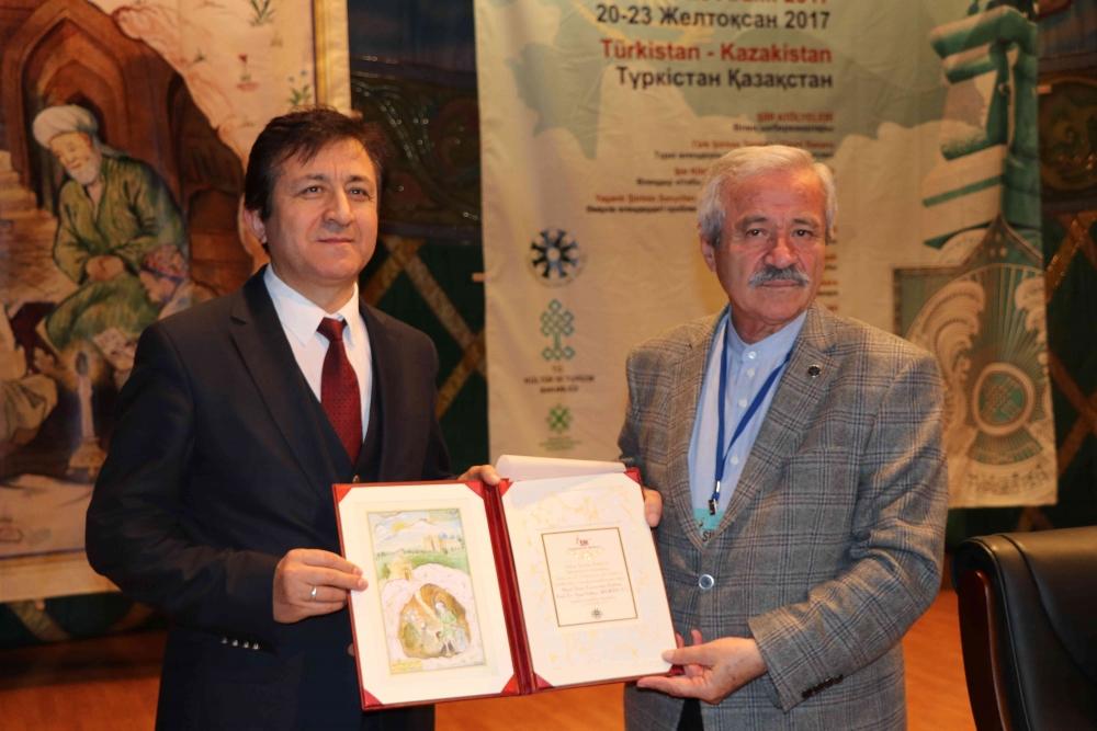 Türkçenin 12. Uluslararası Şiir Şöleni Kazakistan'da Yapıldı galerisi resim 13