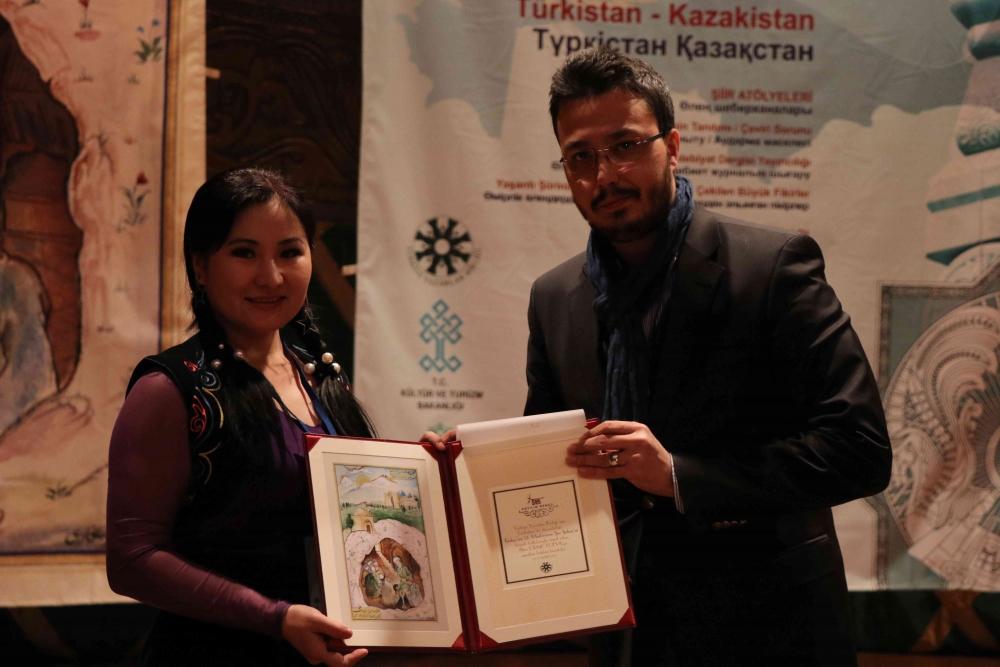 Türkçenin 12. Uluslararası Şiir Şöleni Kazakistan'da Yapıldı galerisi resim 147