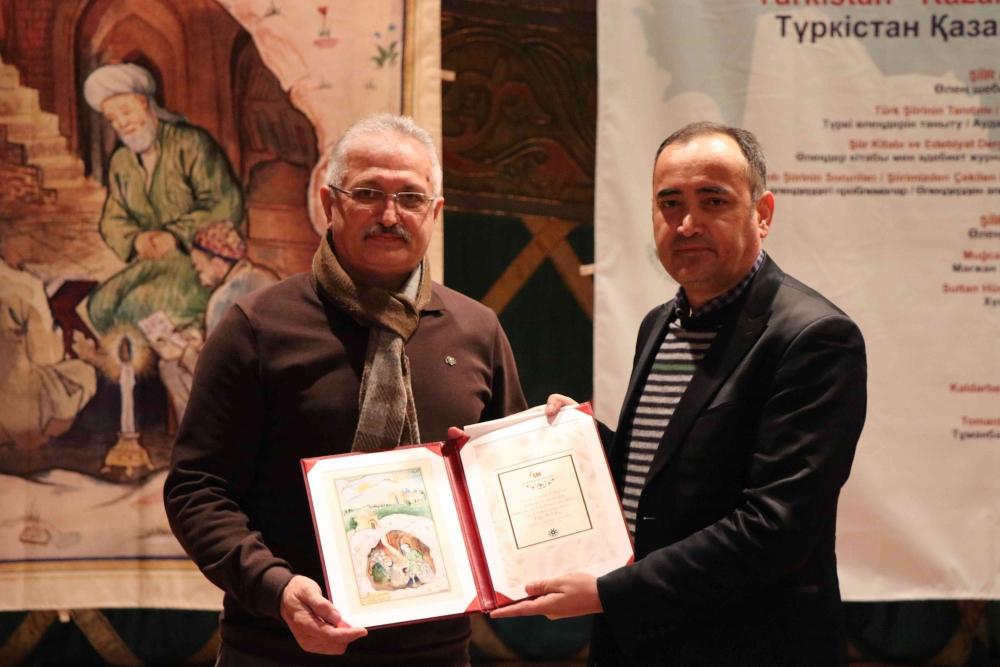 Türkçenin 12. Uluslararası Şiir Şöleni Kazakistan'da Yapıldı galerisi resim 163