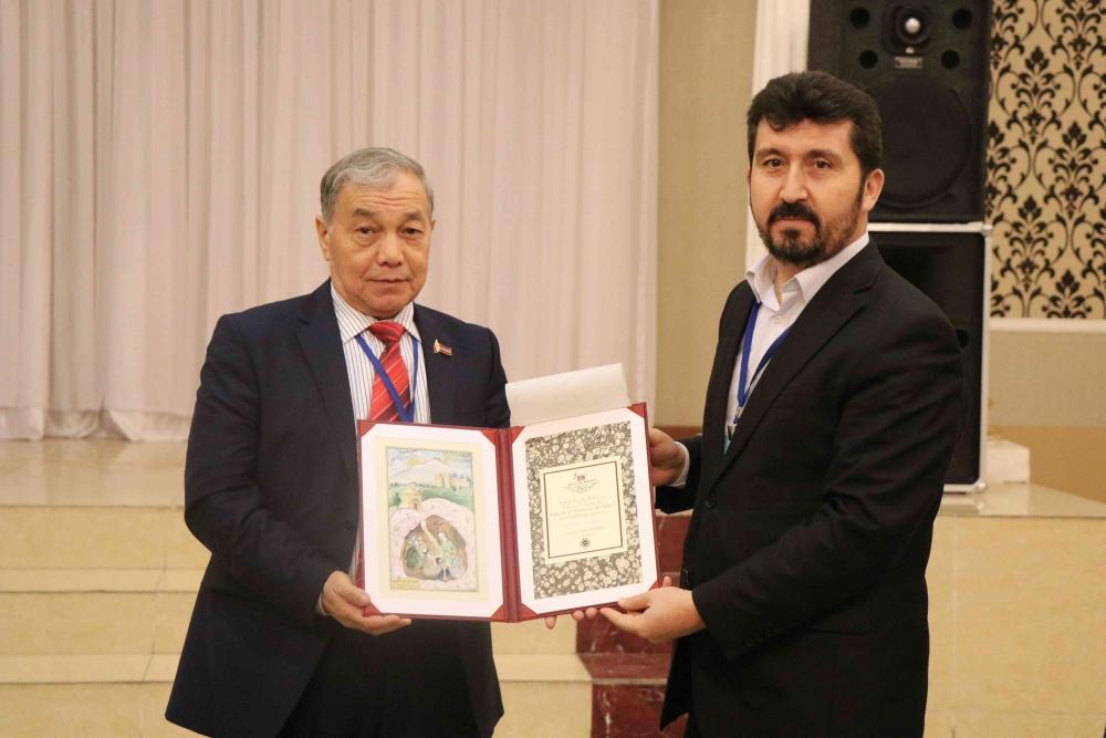 Türkçenin 12. Uluslararası Şiir Şöleni Kazakistan'da Yapıldı galerisi resim 180