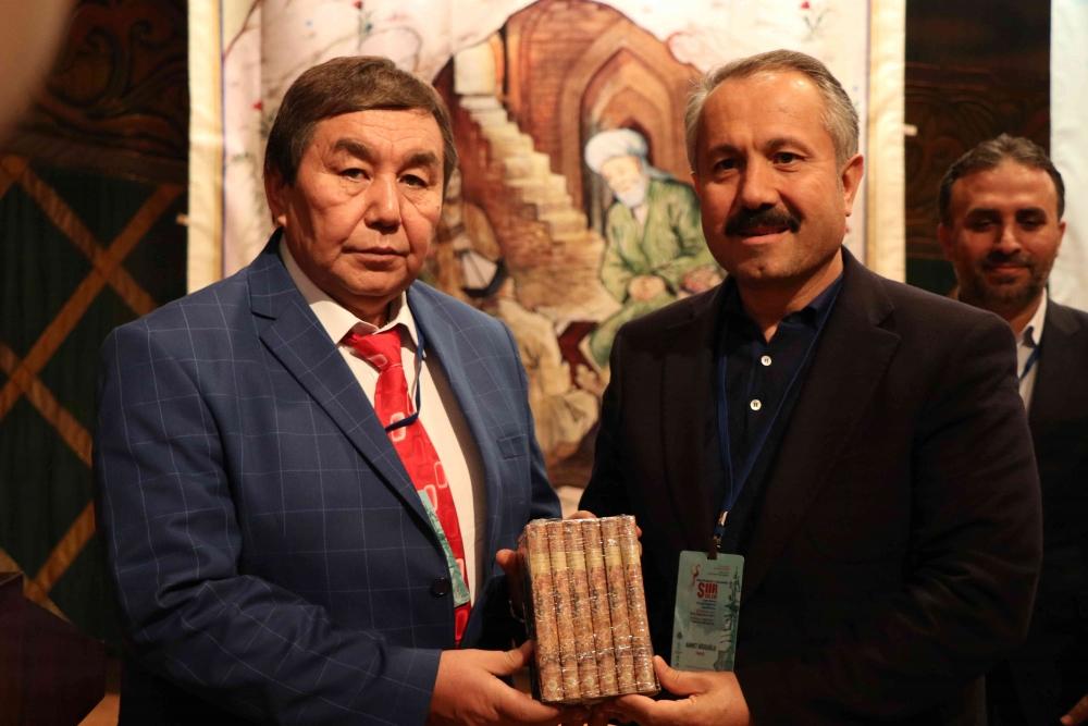 Türkçenin 12. Uluslararası Şiir Şöleni Kazakistan'da Yapıldı galerisi resim 28