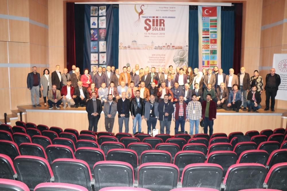 Türkçenin 13. Uluslararası Şiir Şöleni galerisi resim 239