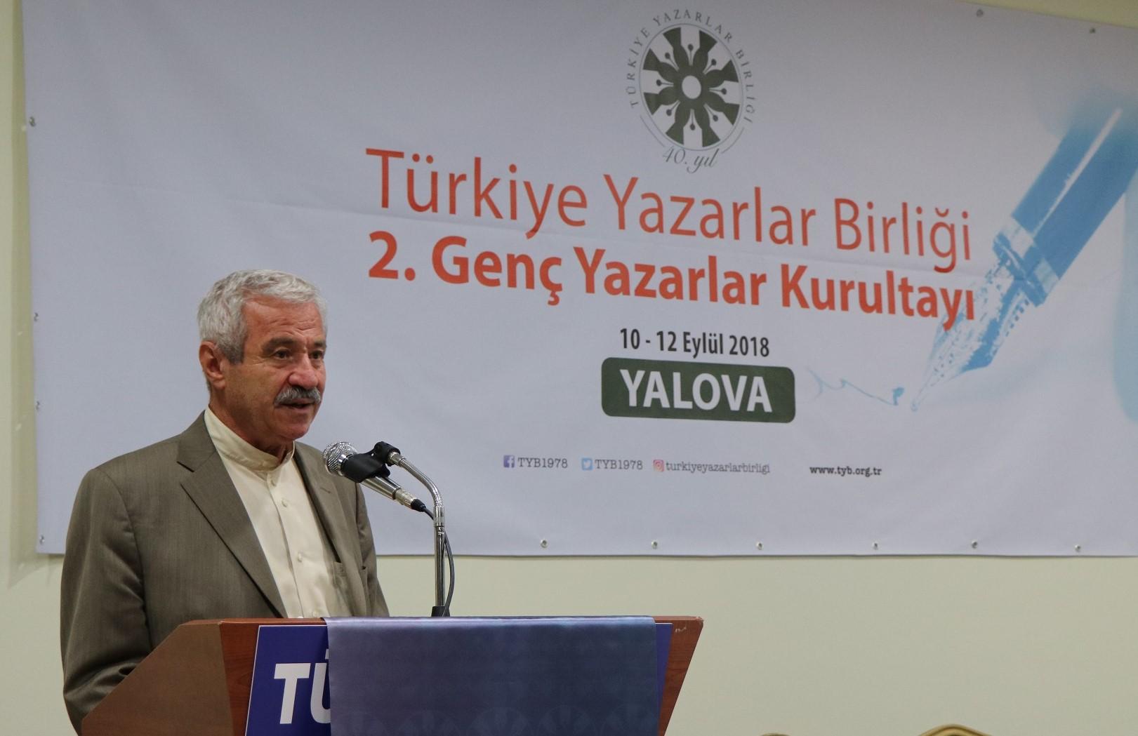 D. Mehmet Doğan: Kayıp şehrin şairi: Yahya Kemal