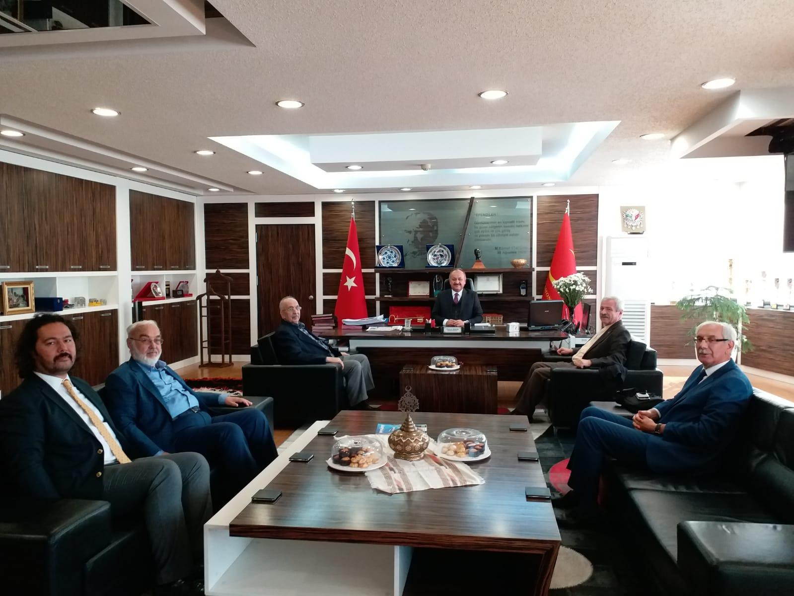 TYB Yönetiminden Kastamonu Belediye Başkanı Tahsin Babaş'ı ziyaret