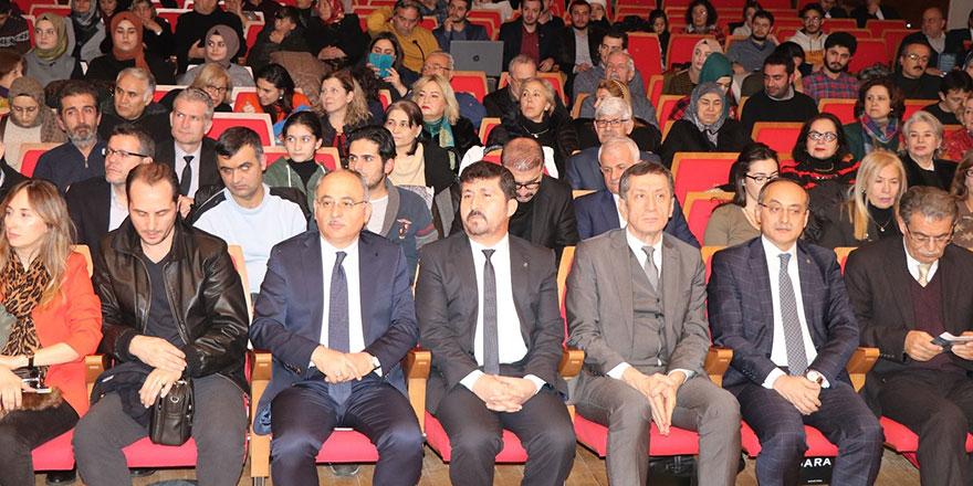 Bakan Ziya Selçuk, Ersoy ve Beyatlı'yı anma konserine katıldı