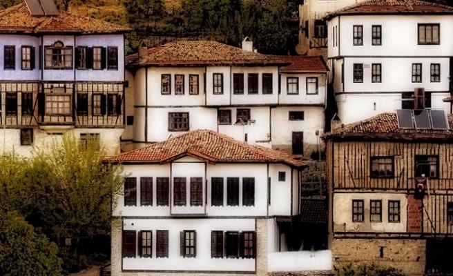 Ev nedir, insanın evle ilişkisi nasıl olmalı?