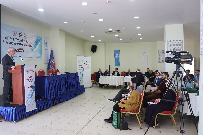 Genç Yazarlar Kurultayı Yalova'da başladı