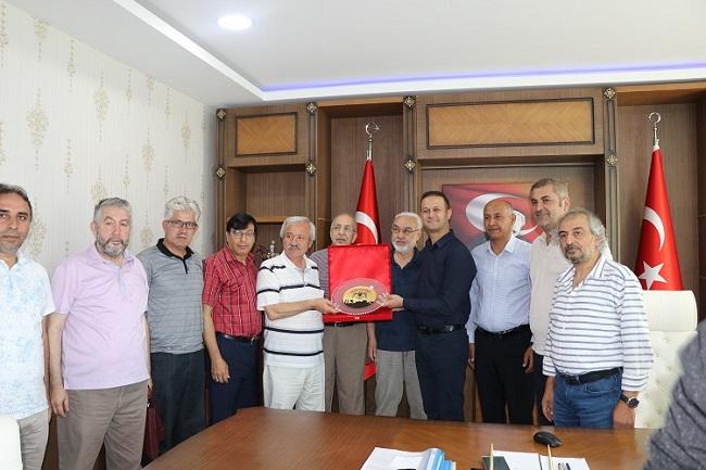 TYB Şeref Başkanı Doğan, Malazgirt Kaymakamı Yalçın'ı Ziyaret etti