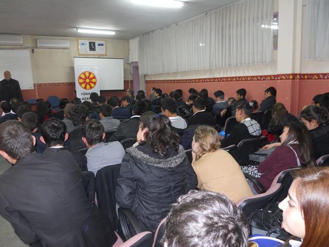 TYB Kayseri Şube Başkanı İlhan Akif'i ve İstiklal Marşının Yazılışını Hürriyet Eml Öğrencilerine Anlattı