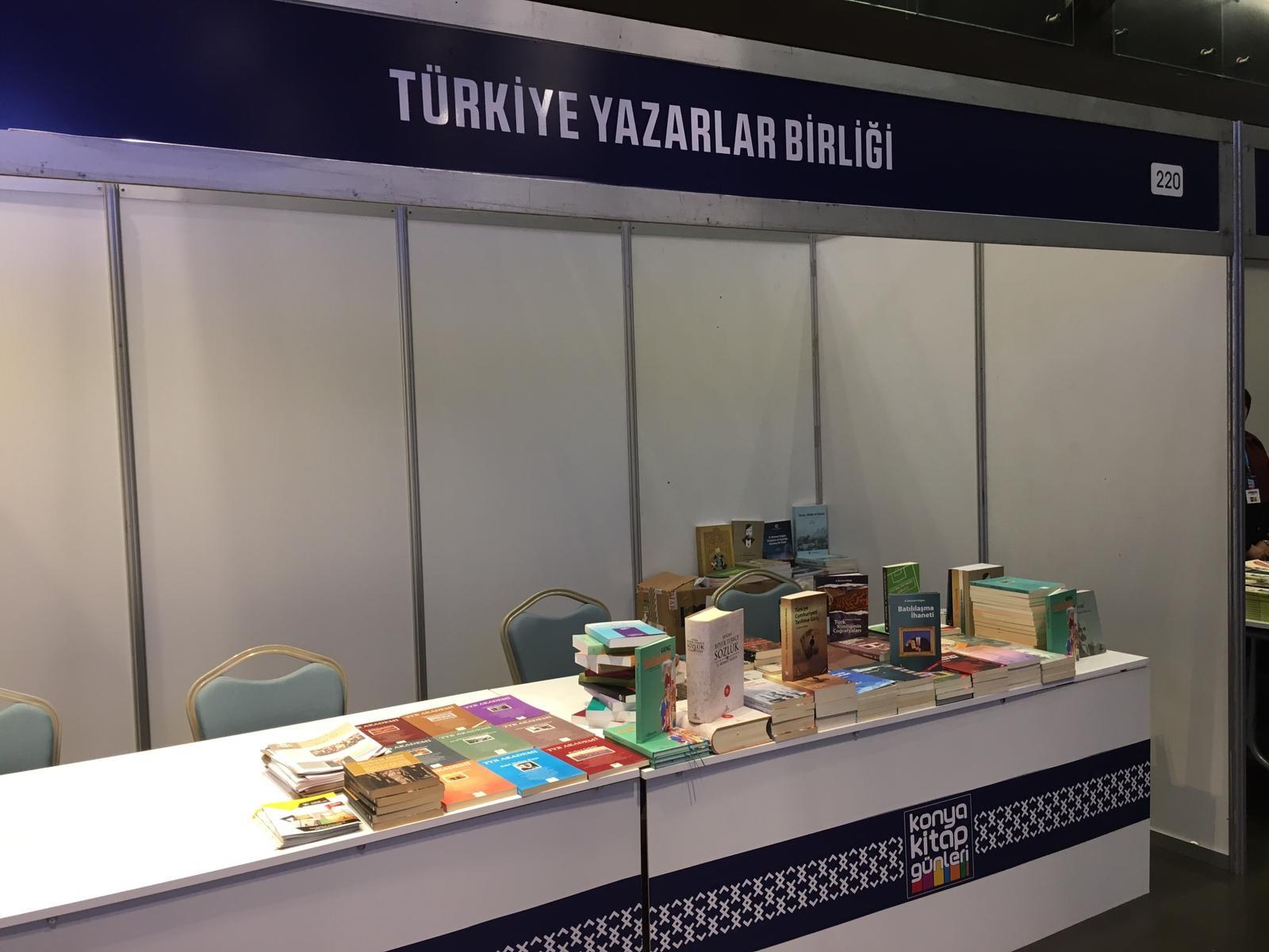 TYB ve Yazar Yayınları Konya Kitap Günlerinde