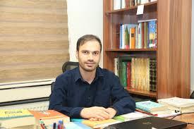 Osman Aktaş: Kelime Türetme Örneğinde Fars Dilbilimcilerin Arap Dilbiliminden Etkilenmesi