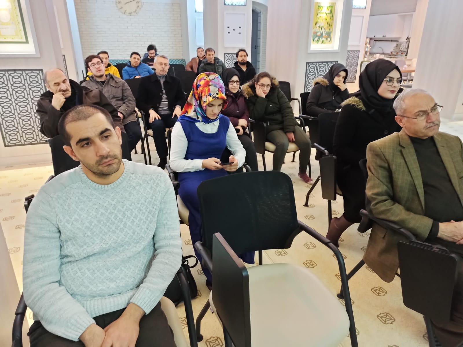 """Ressam Hasan Demir; """"Resim ruhun yansımasıdır"""""""