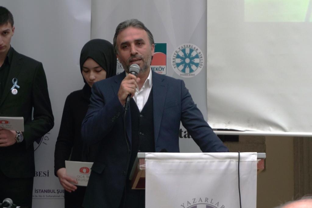 Şiirler Doğu Türkistan İçin Okundu