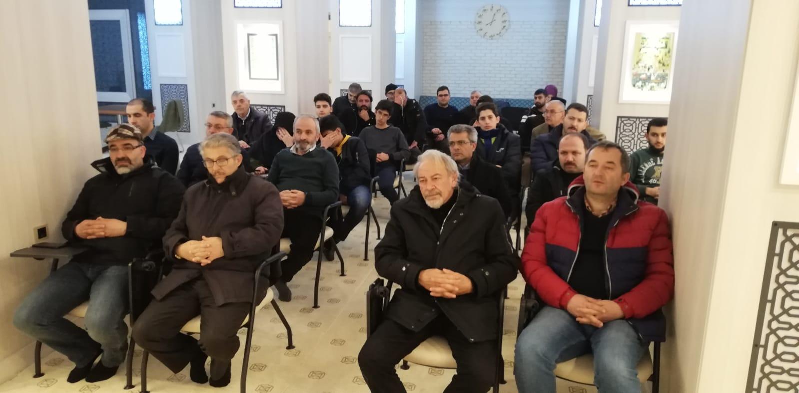 """Özdemir """"Göç etmiş bir şehirde  Ermeni'ye kim zulmeder?"""""""