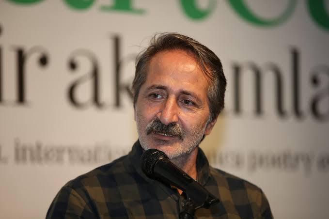 Hayrettin Orhanoğlu: EDEBÎ MEKÂNLARDA BİLİNCİN 'YER'İ VE 'KÜRE'Sİ