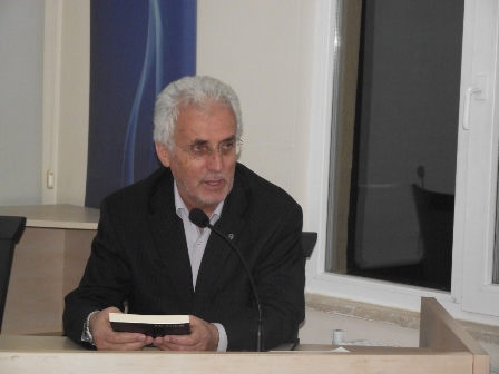 Ahmet Fidan Yazdı: Mehmet Âkif E. Günay'a Bırakılmayacak Kadar Azametlidir