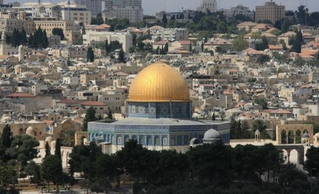 Orada bir Filistin var uzakta