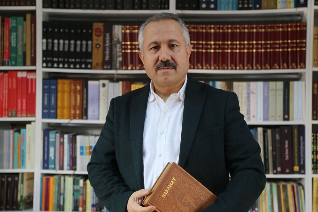 Ahmet Köseoğlu: Karayel'e Reverans