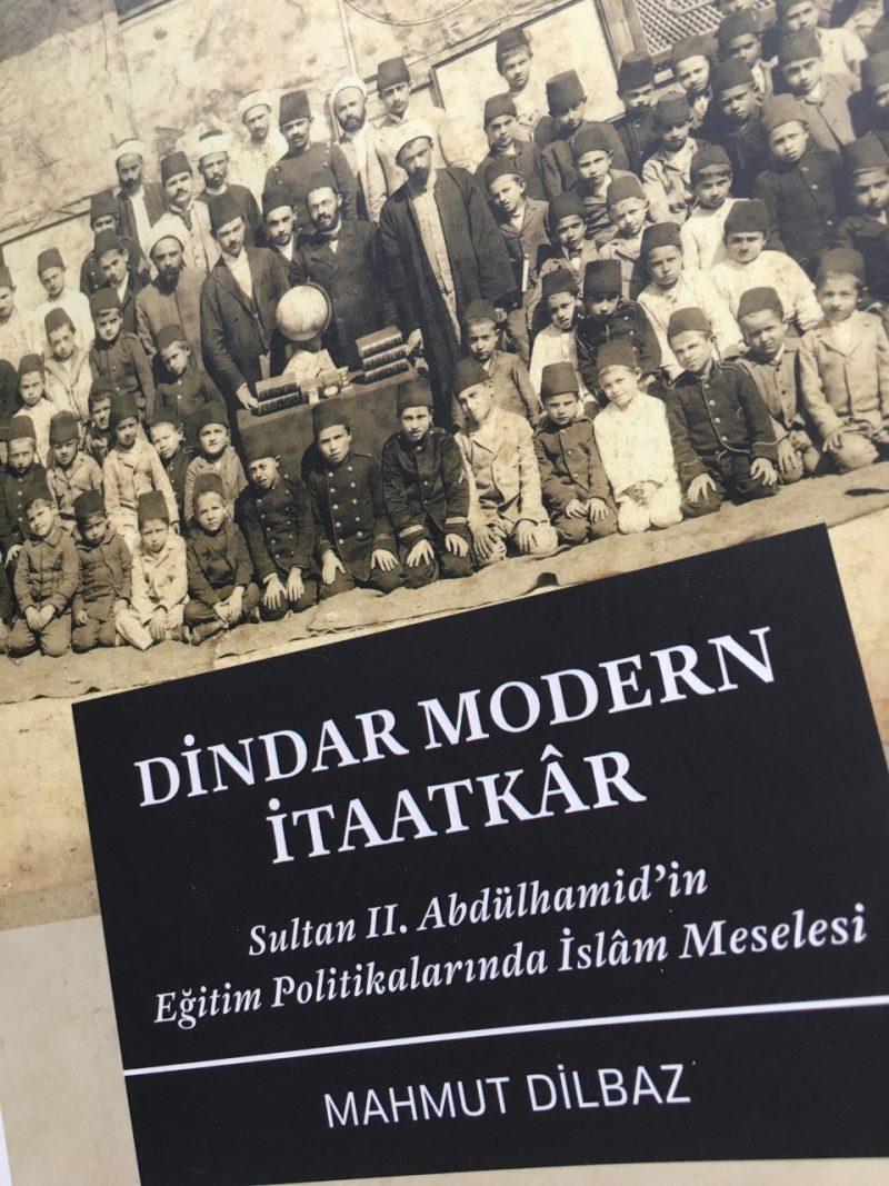 Bir Kitap: Dindar, Modern, İtaatkâr