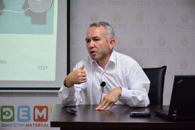 Prof. Dr. Mustafa Gündüz ve değişmeyen jakobenist çelişki