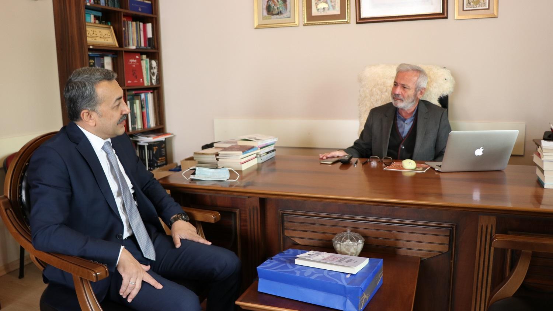 Vakıflar Bölge Müdürü Türkoğlu, D. Mehmet Doğan'ı Ziyaret Etti