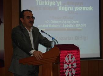 Yazar Okulu Açılış Dersinde Adalet Bakanı Sadullah Ergin Konuştu