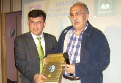 TYB Genel Başkanı İbrahim Ulvi Yavuz'a EUBOLDER'den ödül.