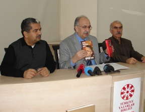 Türkiye Yazarlar Birliği klasik hale gelen ödüllerini yine yılın ilk günü açıkladı…