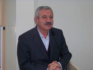 D.Mehmet Doğan Yazdı : İslâm Şairi'ne yazdırılan millî marş