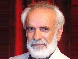 Suavi K. Yazgıç, Hasan Nail Canat'ı yazdı