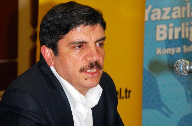 Yasin Aktay: Dünyanın en huzurlu ülkesinde dışa vuran nefret