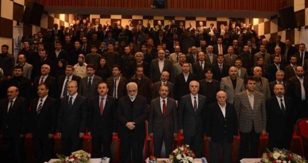 Mehmet Akif Ersoy Üstün Hizmet Ödülü Verildi