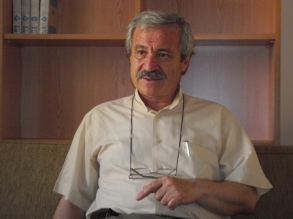 D. Mehmet Doğan'dan : Âkif'in baba yurdundaki harab mabed