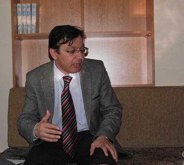 Mehmet Kurtoğlu, Bir Kitap Bir Yazar programında Bir Şehri Sevmek adlı kitabını anlattı