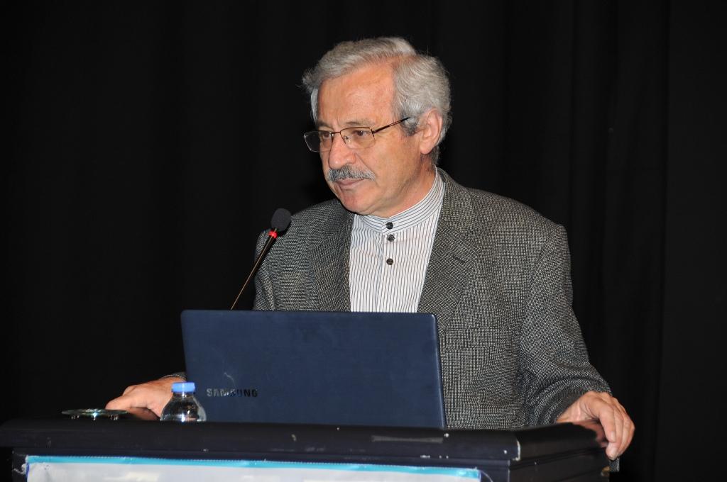 D. Mehmet Doğan'dan Mehmet Akif Ersoy 'Asım'ın Nesli' Konferansı