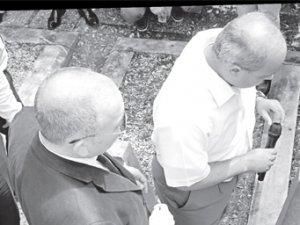 Vefalı dostları Ayşe Şasa'yı andı