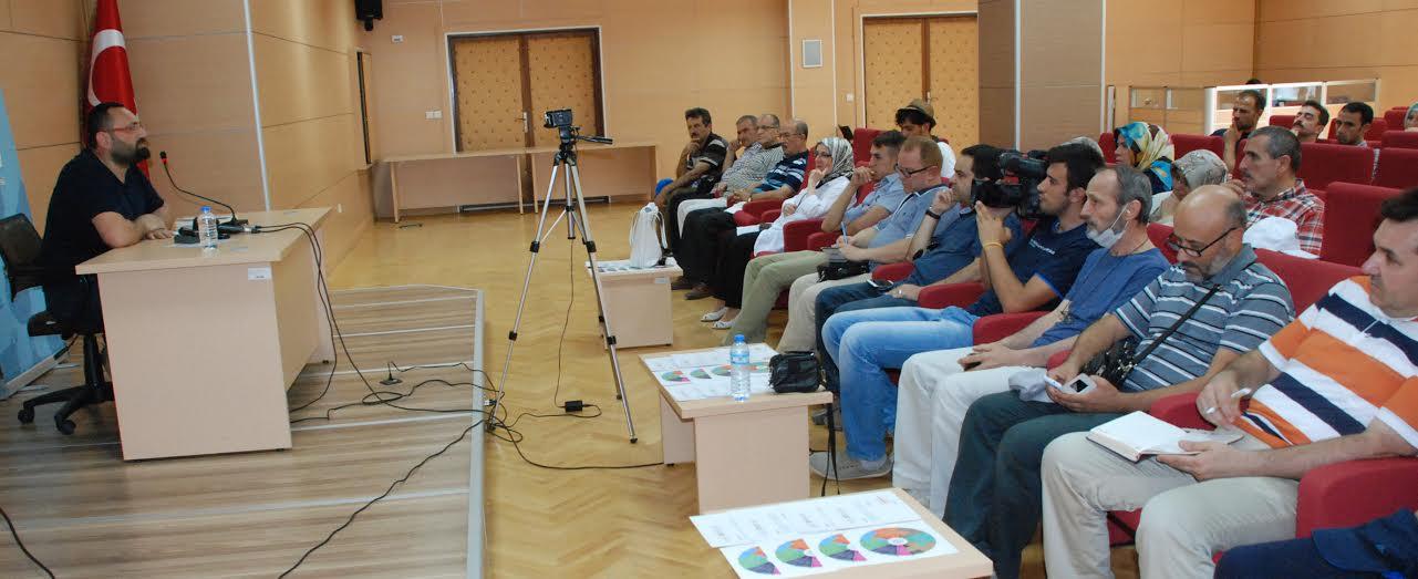 TYB Konya Şubesi'nde Yücel Çakmaklı sineması konuşuldu