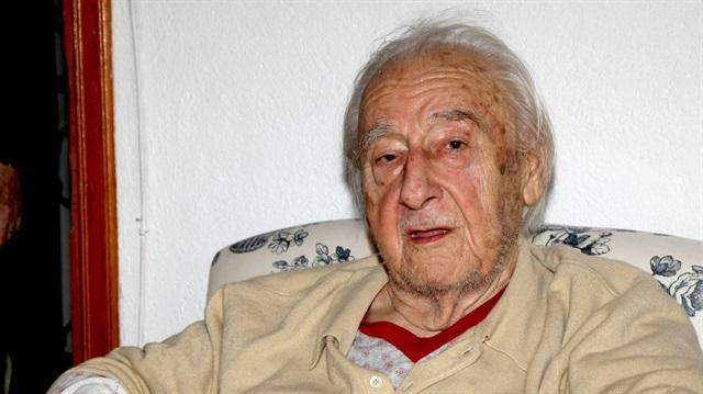 Gazeteci yazar Oktay Akbal vefat etti
