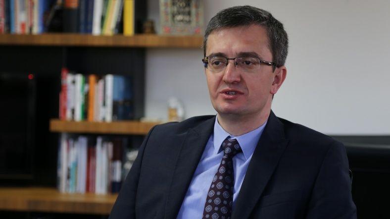 """Burhanettin Duran: YPG'yi """"Suriyelileştirmek"""" mümkün mü?"""