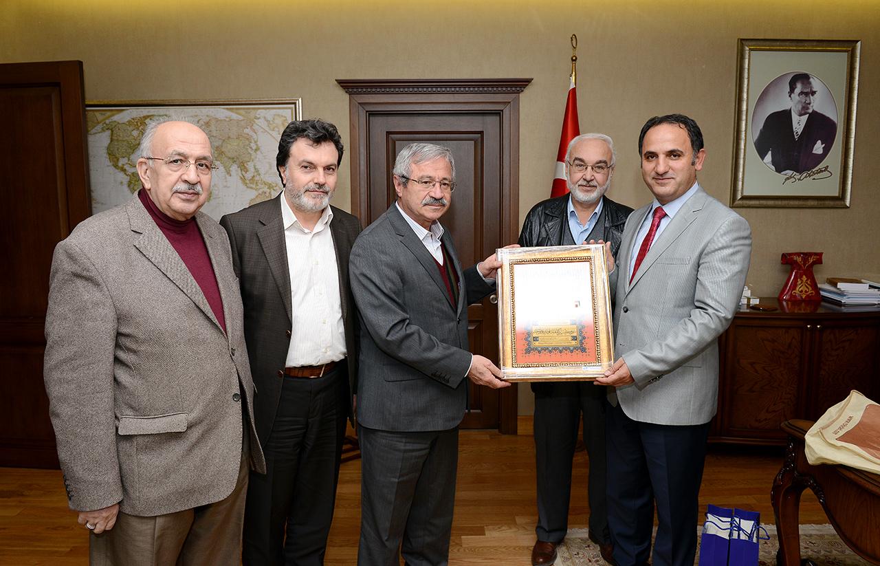 TYB'den Yurt Dışı Türkler Başkanlığına Teşekkür Ziyareti