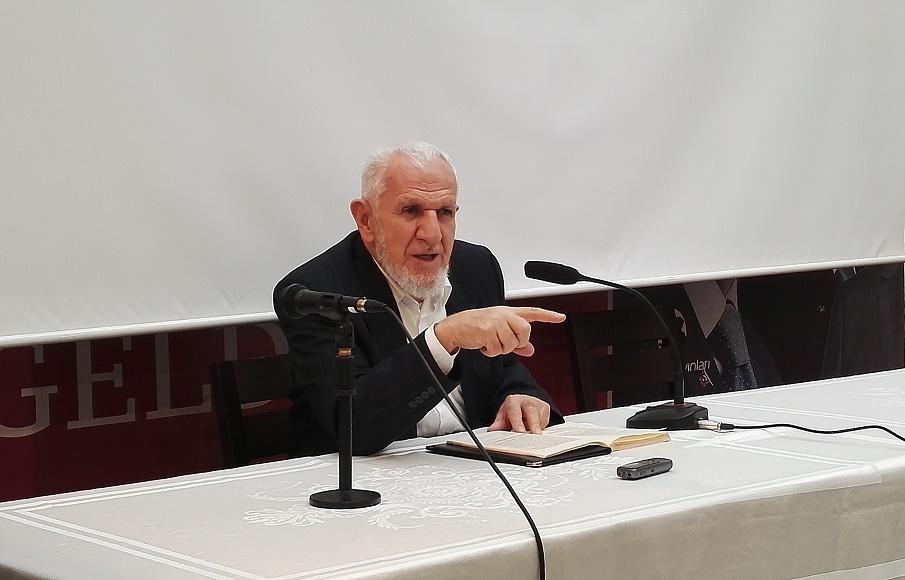 Prof. Dr. Cevat Akşit TYB İstanbul'da Konuştu