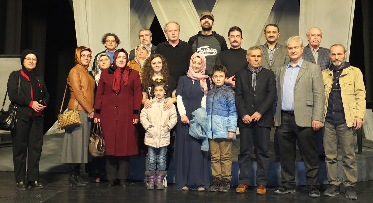 Konya Şubesi Tiyatroda
