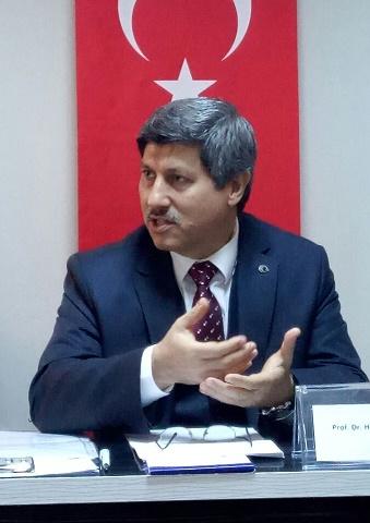 """Himmet Konur; """"Mehmet Akif Ersoy'da Zaman, Mekân ve İnsan"""" ı Anlattı"""