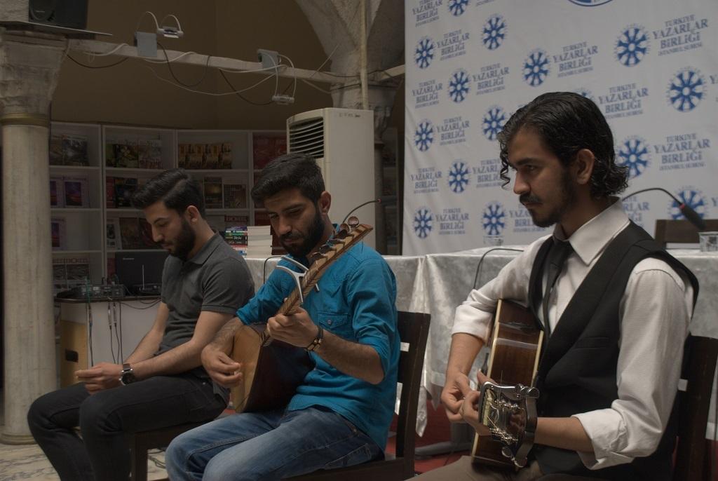 Yedi Tepe Yedi Mekan Genç Edebiyat Festivali Başladı!