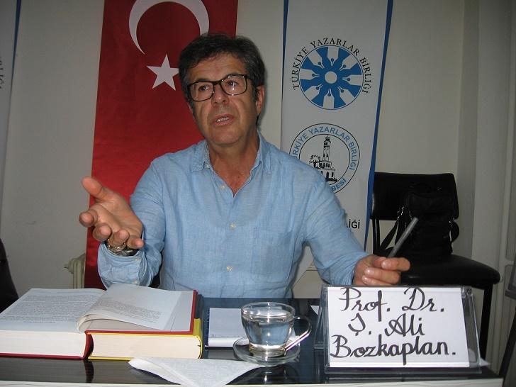 """Prof. Dr. Şerif Ali Bozkaplan """"Türkçemiz""""i anlattı"""