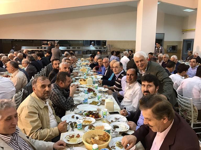 Türkiye Yazarlar Birliği iftarda bir araya geldi