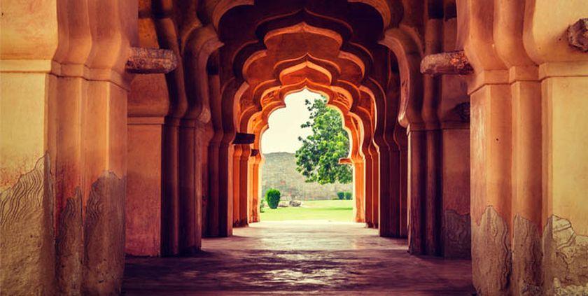 Bilal Kemikli Sufi Şairin İzinde: Şiir ve Hikmet